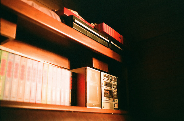 books-boxes-camera-chiuie.s-film-light-Favim.com-98034