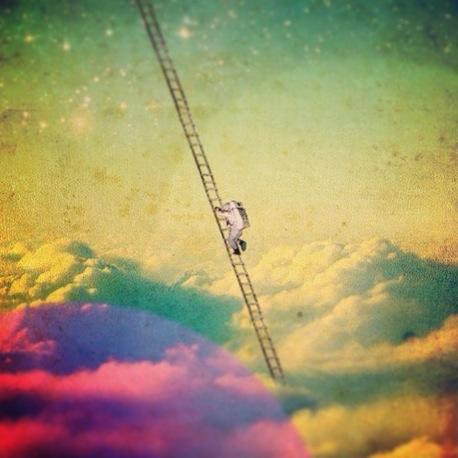 -dreams-moon-reach-Favim.com-929670